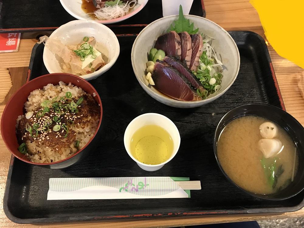 高知 カツオ タタキ 美味しい